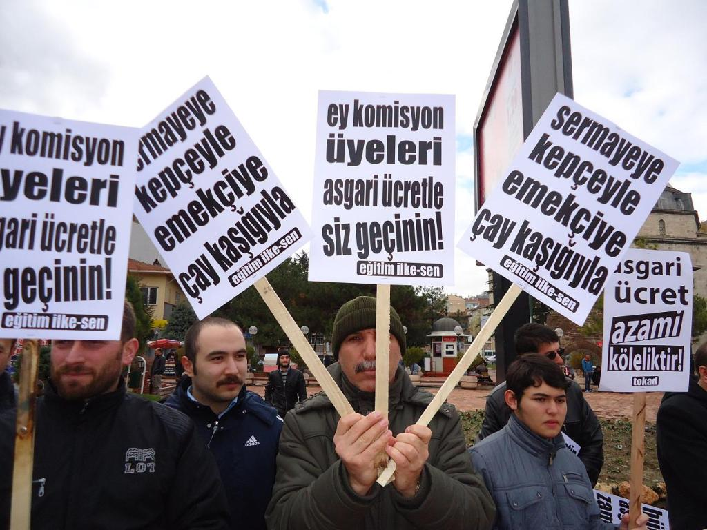 2012-12-08-egitim-ilke-sen-asgari-ucret-5