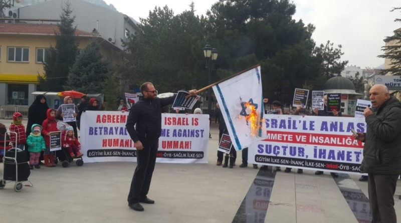 2015-1226-israil-protestosu-tokat (12)
